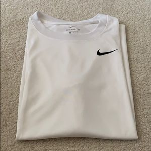 Nike Dri-Fit White Legend T-Shirt - Large.